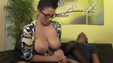 Xxl Tits Video Porn Free