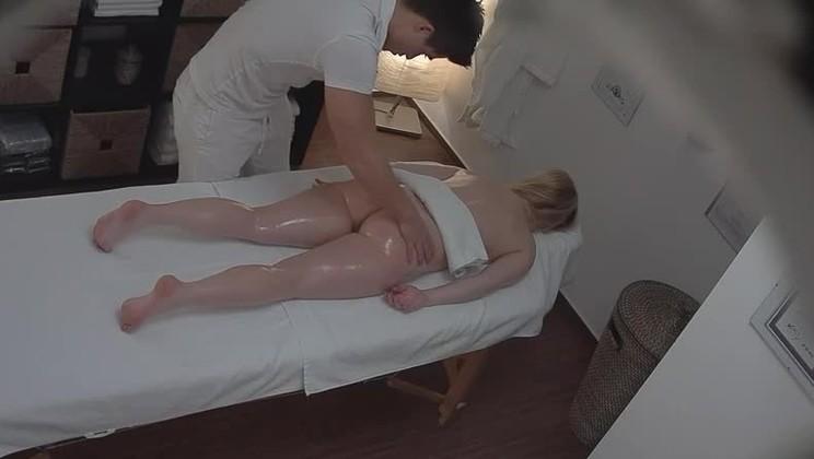 moaner, im Badezimmer Sex sexy wet