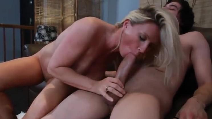 Big tit máma sex videa