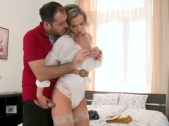 An Incredible Platinum Vinna Reed Showing Very Sexy Lingerie Xxx Videos