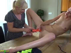 Tempting Experienced Woman Plays Herself