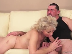 A Wonderful Woolen Experienced Lady Sucking A Cock Is Hard