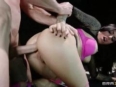 Nice Stupid Brazilian Young Slut, Juelz Ventura Got A Very Hard Public